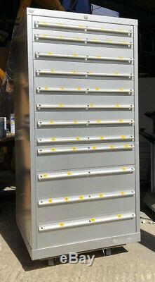 LISTA Tool Cabinet (large) 12 Roller Bearing Drawers Semi Refurbished