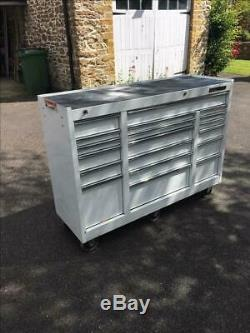 Mac Tools Roller Cabinet 18 drawers Quality for tools/machines