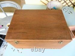Armoire Antique De Collecteurs De Chêne, Tiroirs D'horlogers, Boîte À Outils De Cru / Coffre