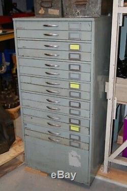 Coffre À Outils / Rangement Industriel Vintage En Métal Avec Tiroir, 14 Tiroirs, Dernier