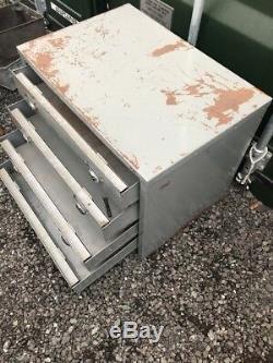 Grand Stockage Industriel Vintage De 4 Tiroirs En Métal Industriels, Récupération De Cabinet