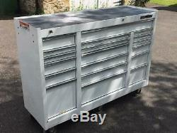 Mac Tools Roller Cabinet 18 Tiroirs Qualité Pour Outils / Machines