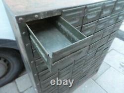 Mid-century Industrial Metal 54 Tiroirs Dépôt/ingénieur/armoire À Outils