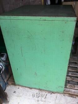 Outil Tiroirs Cabinet Atelier Rangement