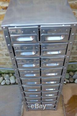 Upcycled 1940 Ingénieurs D'origine Outil Tiroirs