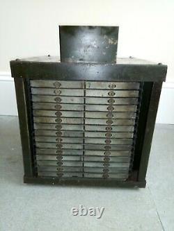 Vintage Metal 85 Tiroir Stock Maître Rotative Tool Cabinet 1920s Rare