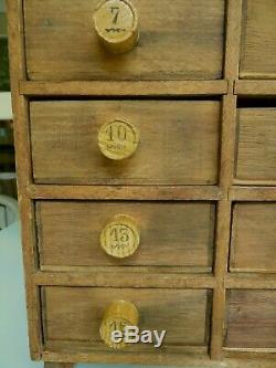 Vintage Petit Apothicaire Collectors Cabinet Tiroirs Boîte À Outils / Chest 1900 Early